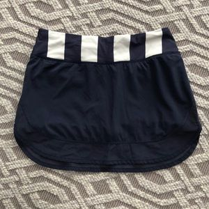 lululemon athletica Skirts - Lululemon tennis/running skirt sz 4